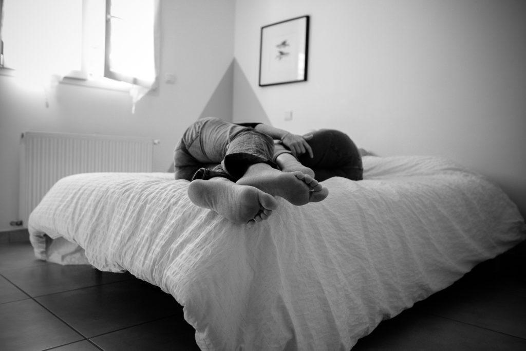 photographe pyréne séance maison bébé perpignan photographe coparentalite homoparentalite