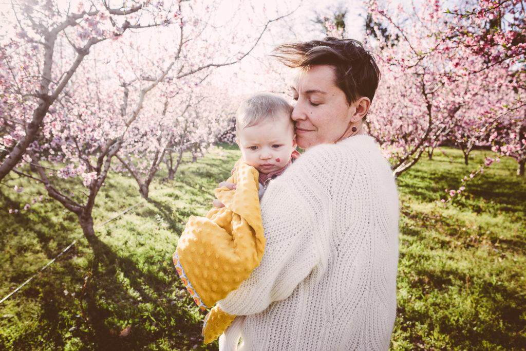 photographe pyréne séance maison bébé perpignan photographe coparentalite
